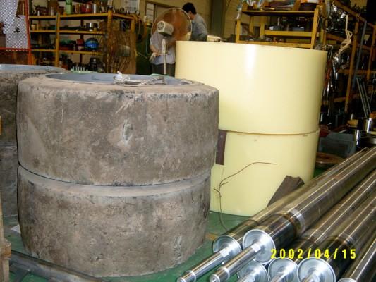 메머드형 지게차 바퀴 (Mammoth type wheel forklift)